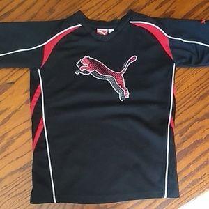 Boys Puma v-neck t-shirt